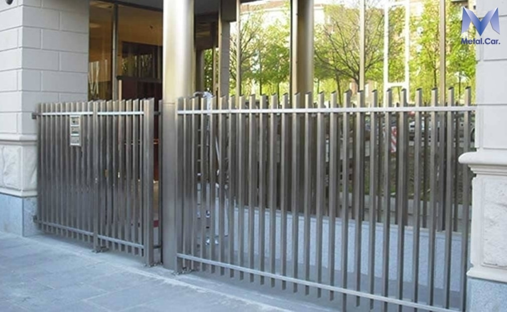 cancello metallico acciaio inox