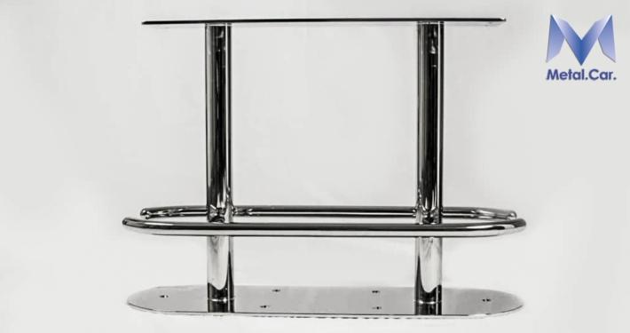 sgabello nautico lucidato a specchio